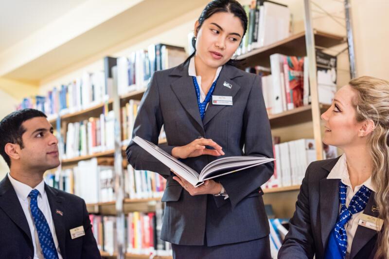 Studere hotel management, erhvervsøkonomi og turisme - Bachelor