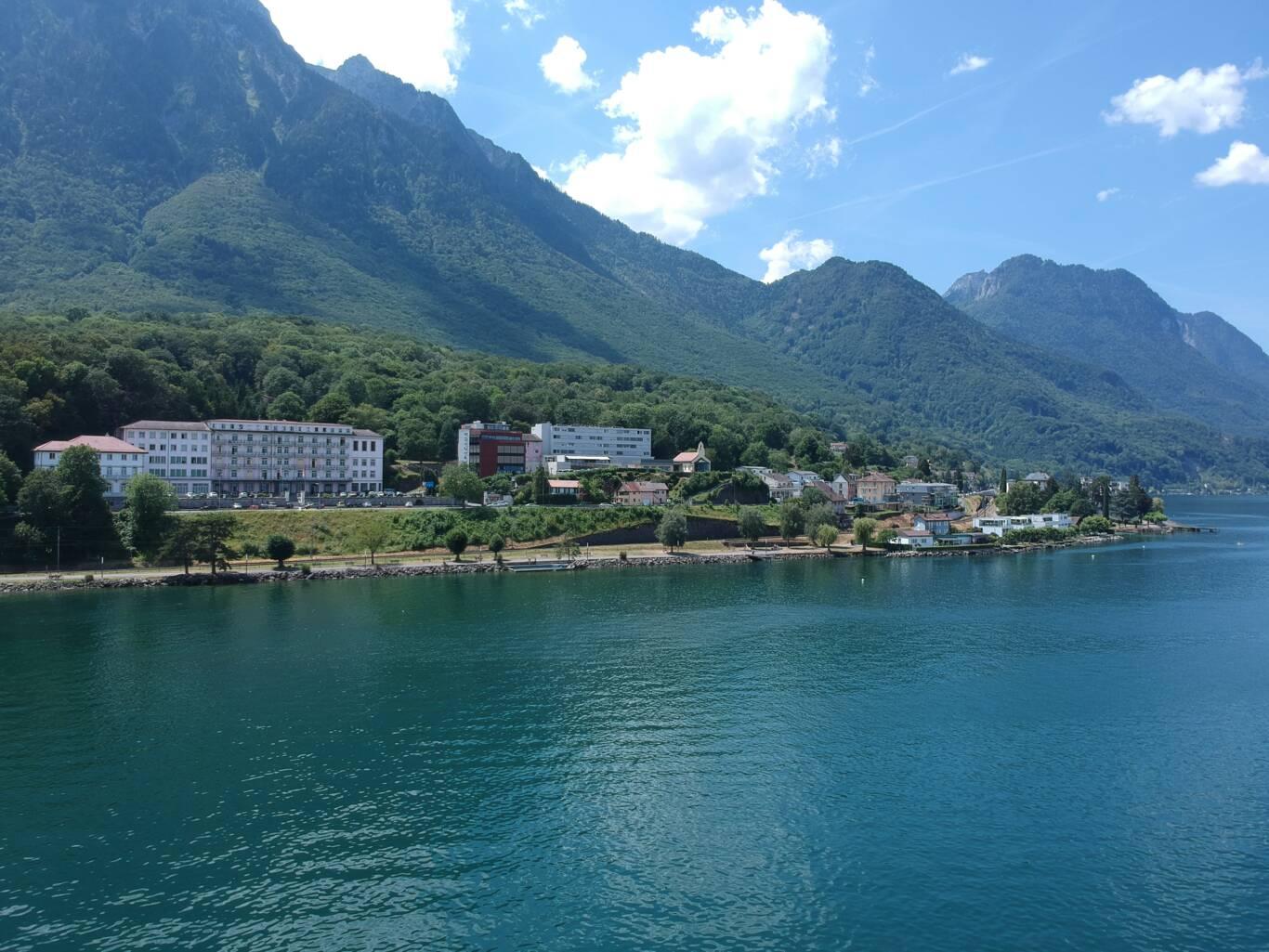 CRCS bachelor lake view
